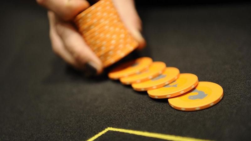 Oranje chips